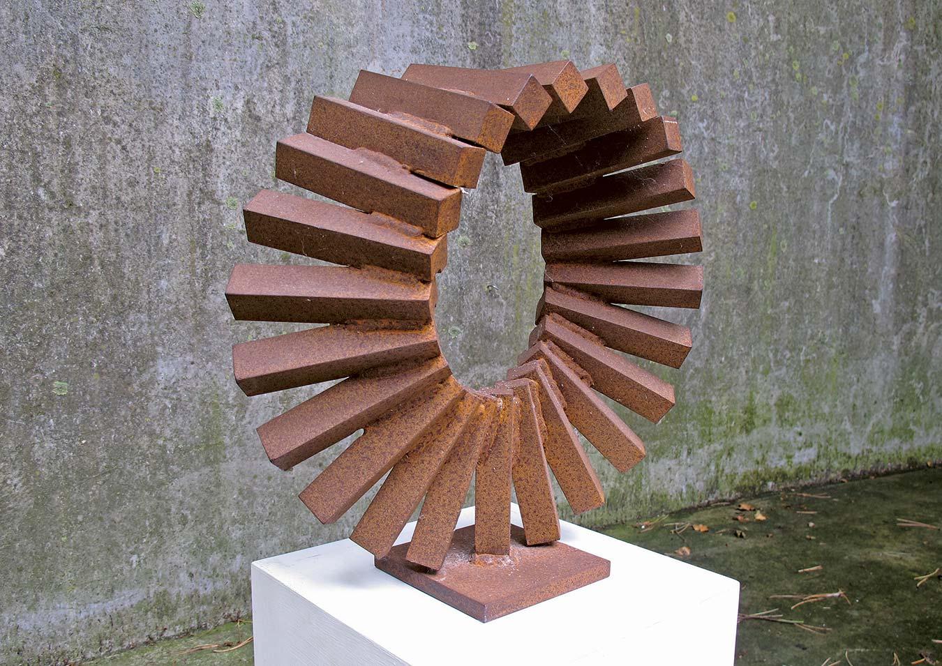 Möbiuscyclus-60x63x10cm